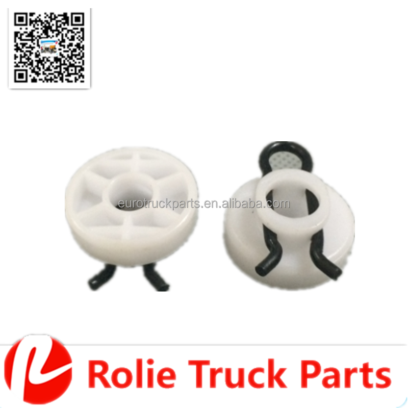 oem no 1366764 High quality heavy duty truck body parts plastic window regulator slider clip in white