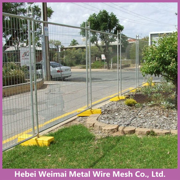 Outdoor temporary welded wire mesh fence panel for sale