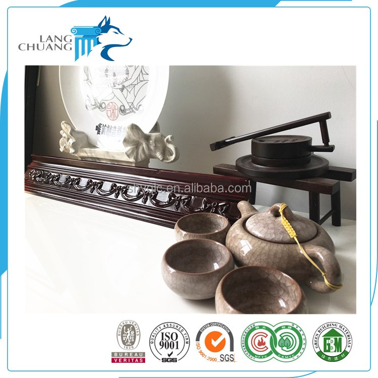 China Pop Ceiling Decorative Design Waterproof PU Cornice Moulding