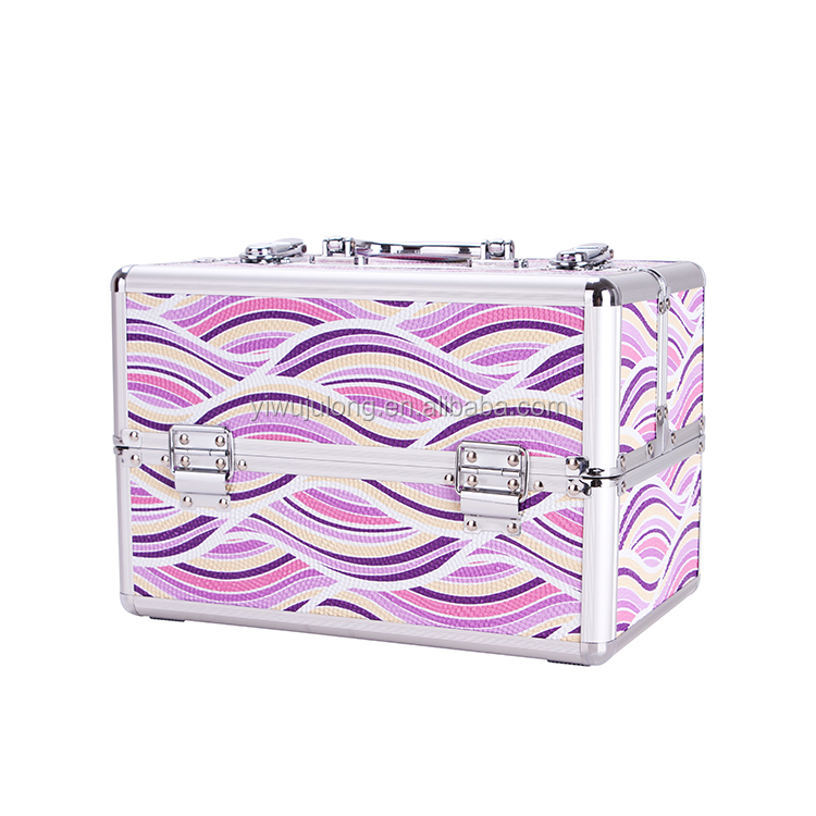 2017 High quality hard shell wave pattern aluminum cosmetic case
