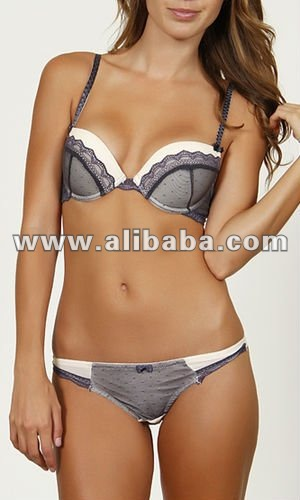 Sexy Wholesale Lingerie bra and panty set www.ay-apparel.com