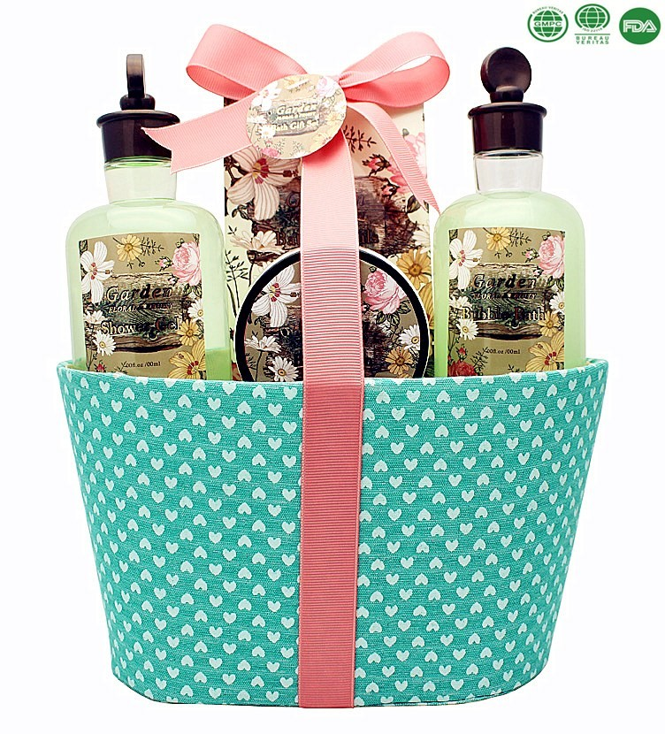 Promotional bath gift set flower perfumed skin care shower gel bubble bath body lotion bath salt