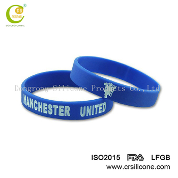 Silicone bracelets with embossed,Give away cheap promotional silicone wristband