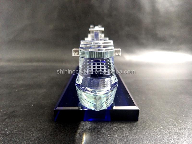 crystal yacht model  03.jpg