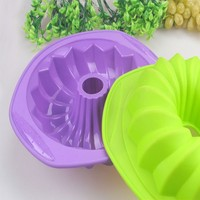 Home-made cup shape silicone molds for microwave cake