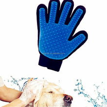 2017 Trending Products Silicone Massage 5 Fingers Design Pet Grooming silicone finger tips gloves