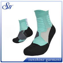 Nylon Compression running baloncesto adolescente tubo deportes Elite Calcetines