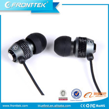 metal in-ear earphone with microphone for laptop silicone rubber cover as promotion