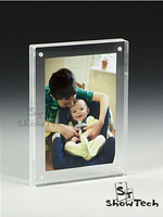 wholesale table top acrylic magnetic photo & picture frame with straight edges