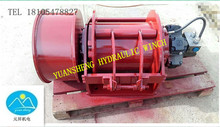 free-fall hydraulic winch for lifting goods