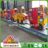 2016 Factory Direct Supply Kids Amusement Rides Convoy Race Electric Track Train