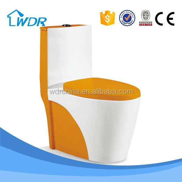 One piece shower wholesale ceramic Chinese types of toilet bowl
