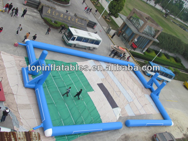 inflatable water football court sports games/inflatable water toy