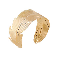 Latest Banana Leaf Shape Arm Bangle Bracelet Women Jewelry Wholesale NS801541