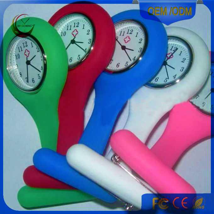 Hot Pin Wear Brooch Design Silicone Digital Nurse Watch