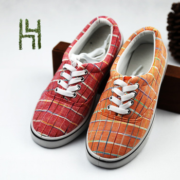 New fashion high quality low price brand sports shoes men/women canvas shoes