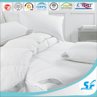 quilting cheap and soft plain cotton comforter/ sponge microfiber mattress topper/mettress protector