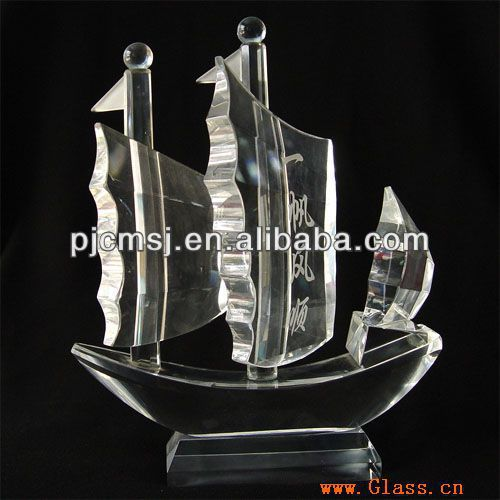 2015 Crystal crystal boat model,glass sailing boat figurine,crystal sailing