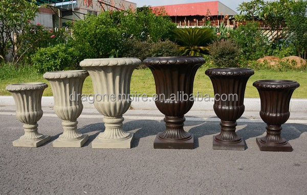 Faux stone look fiber clay decorative garden urns planters