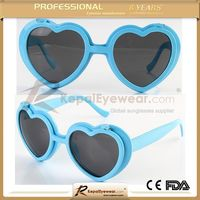 Made in China Promotional Plastic heart shape Sunglasses