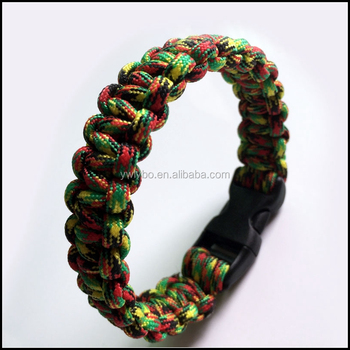 outdoor equirpment paracord bracelet for wilderness survival