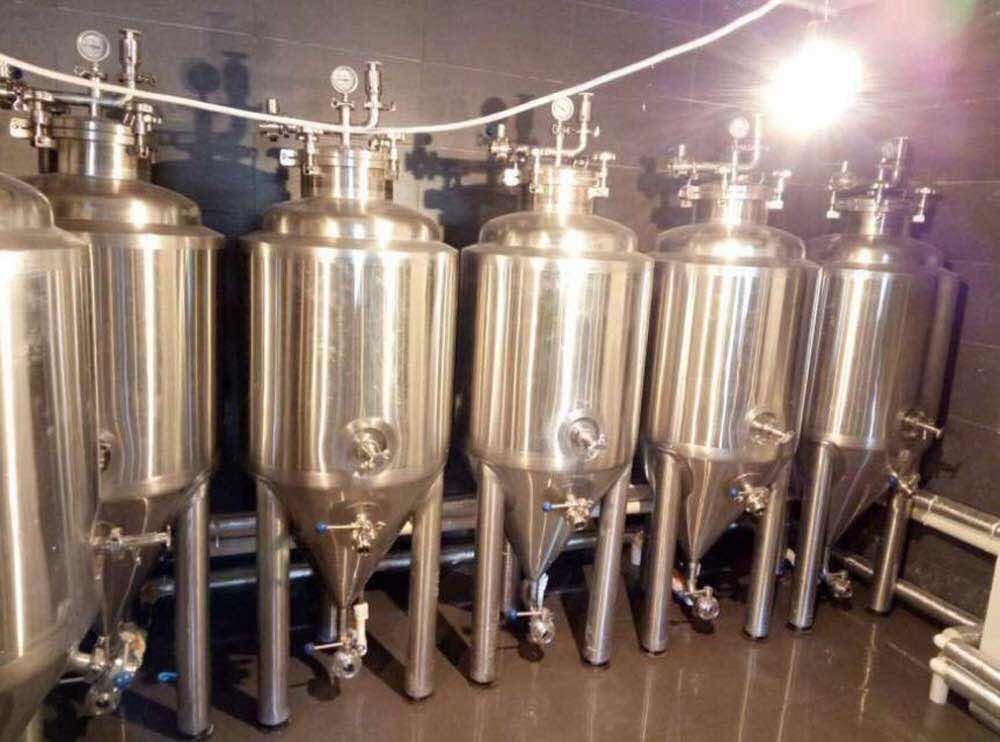 50L 100L cerveja pequena máquina de fabricação de cerveja equipamento da cervejaria mini craft pub para venda