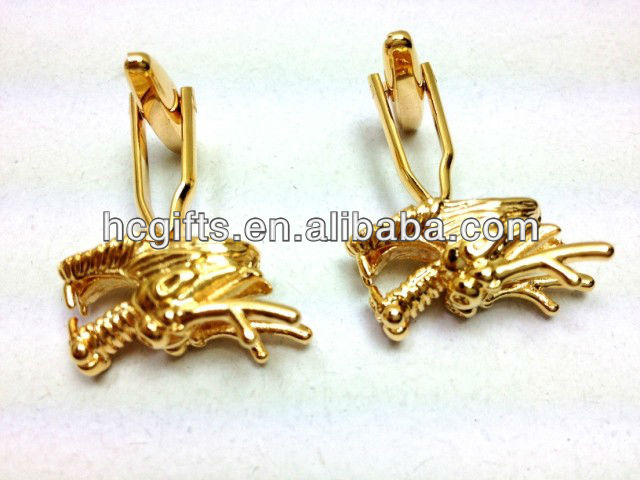 2013 high quality custom logo plated gold dragon cufflinks