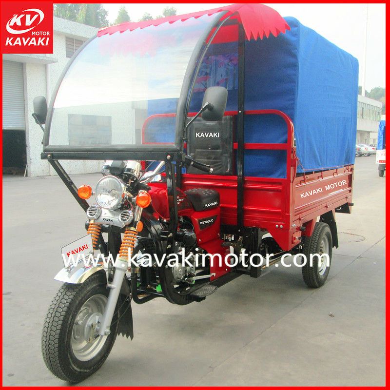 Gasoline passenger tricycle with two long seats can load many people in Africa