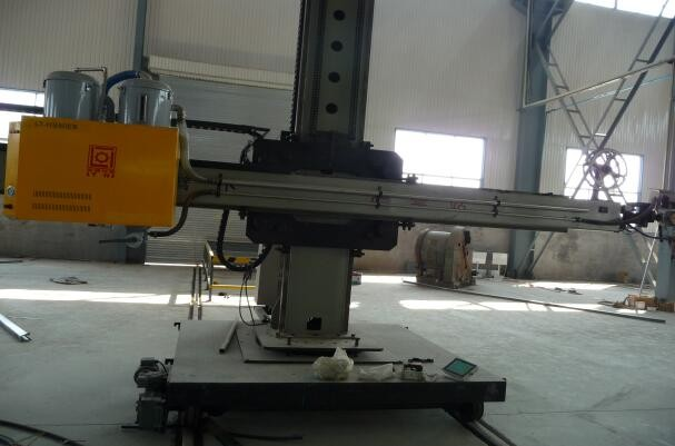 2016 Trustworthy Automatic welding manipulator/Column and Boom Chinese supplier with best price