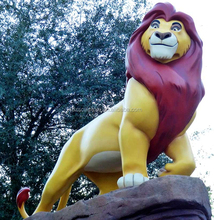American cartoon animal movie happy life size The Lion King statue