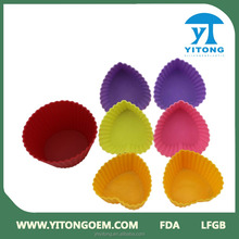 Christmas promotion gift Jiangmen OEM factory Colourful Silicone Cake Moulds / Food Grade Silicone Cupcake Molds for decoration