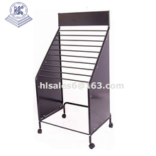 Metal Iron wire Material carpet rug display stand