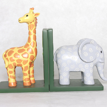 Funny animal theme giraffe and elephant resin bookend