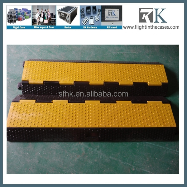rubber heavy duty 3 channel cable protector used car display ramps for sale