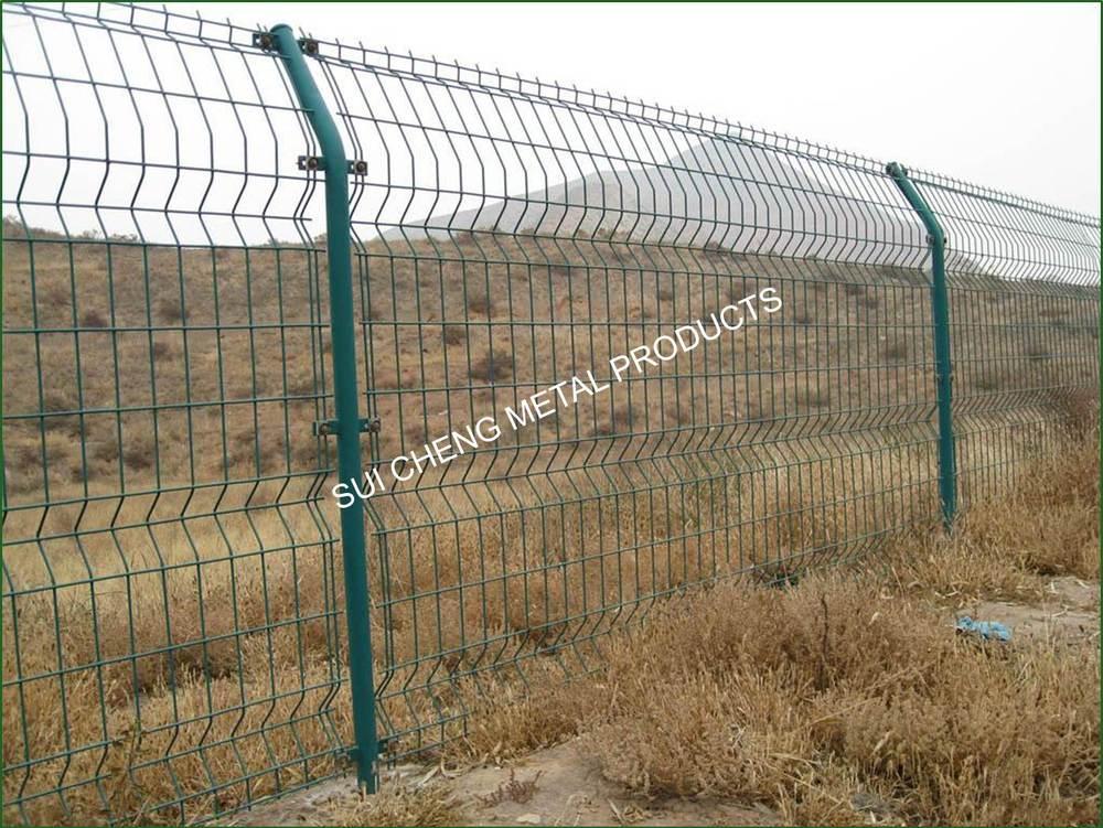 Guangzhou factory cheap pvc fence metal panels