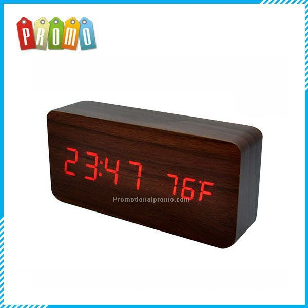 China Manufacturer Genuine Wood LED Calendar Clock