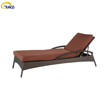 Classic outdoor garden swimming pool daybed
