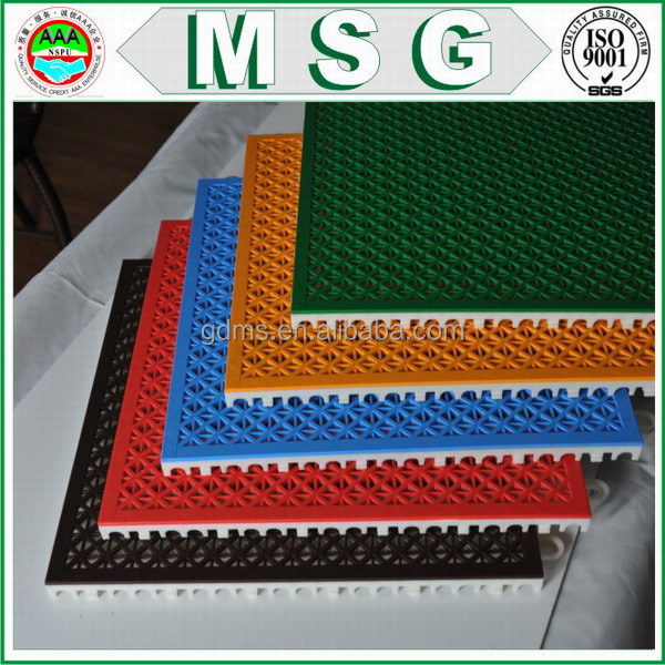 Quality Assurance plastic floor carpet with best quality and low price