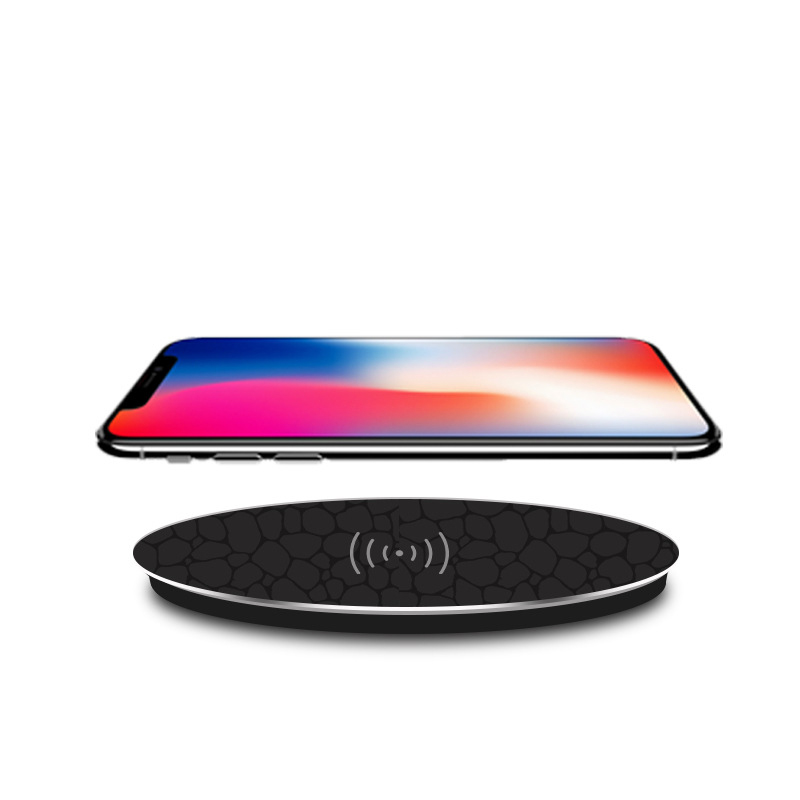 New Products Ultra Slim Round Fast QI popular ExplosionWireless Charger Fast Charging Stand Pad with Rubber Coating for iPhone