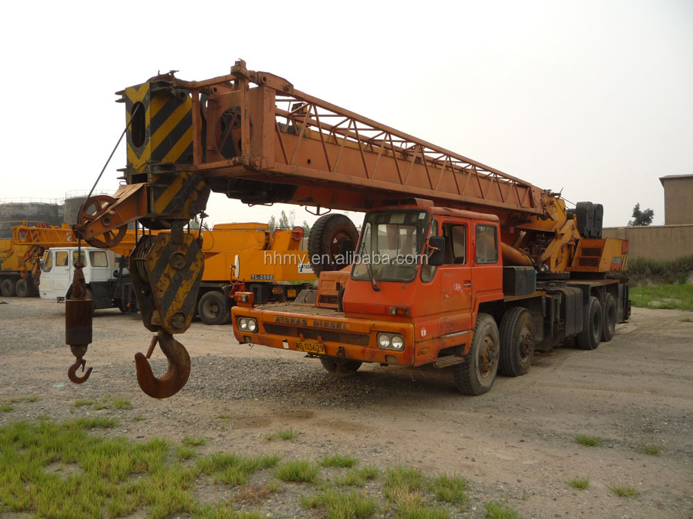 TADANO GT900E 90 ton TG1000EX <strong>100</strong> ton mini <strong>truck</strong> mounted crane Japan's original sell