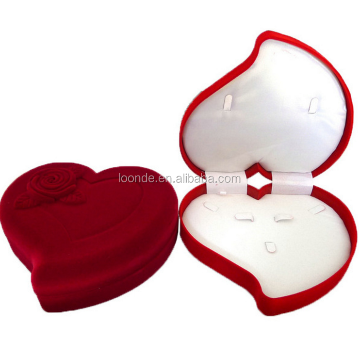 Vintage red heart shaped velvet wedding ring box for diamond ring