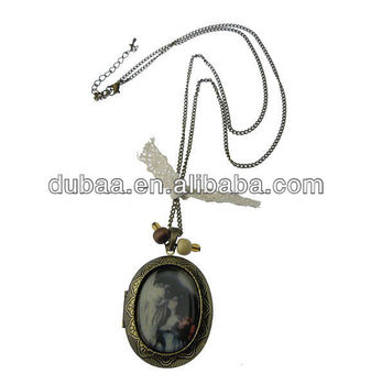 Charming Retro Locket Necklace,Women Holiday Promotional Gift Locket Antique Brass Necklaces Jewelry