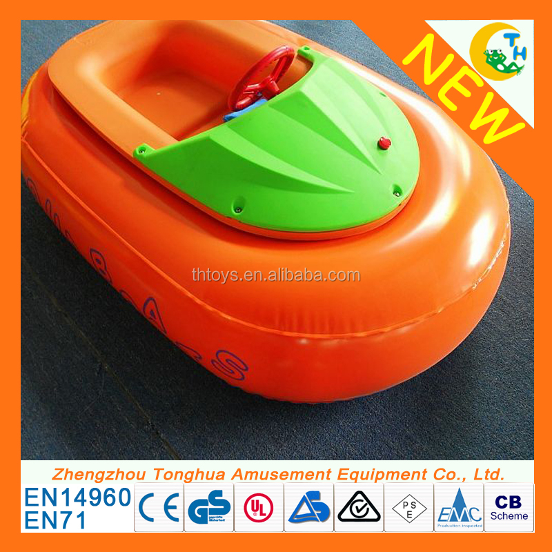 Battery powered kids inflatable water amusement games electric bumper boats for sale