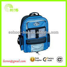2013 high quality enviroment-friendly solar backpack