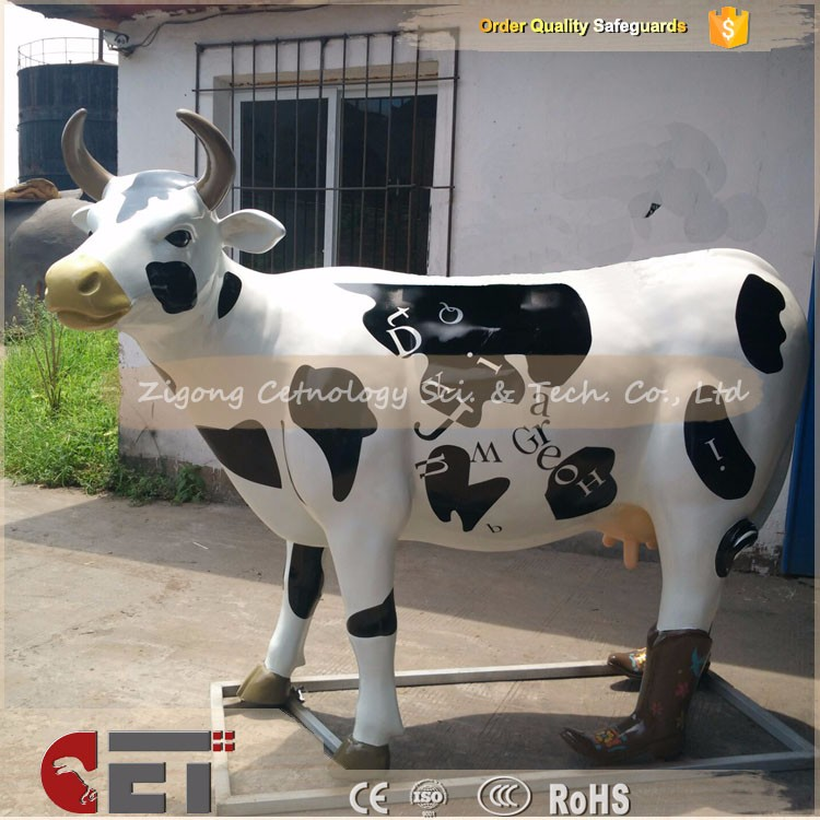 CET-H219 Handmade fiberglass life size cow in fiberglass real size
