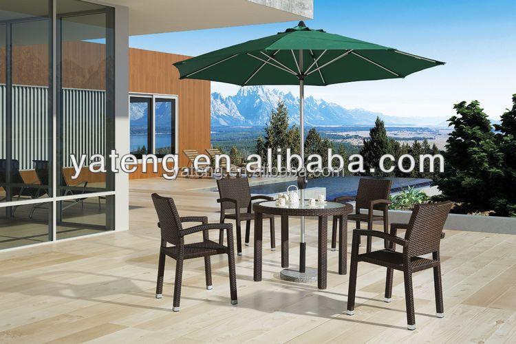다이닝 룸 가구 원형 검은 색 대리석 위로 식탁 등나무 의자-정원 ...
