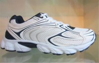 brand name sport shoes