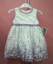 Guangzhou Children's Lovely Dress Off White Contrast Lilac Design Baby Dress Girls Boutique With Embroidery Lace