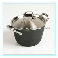 Red Enamel Cast Iron Stew Pot