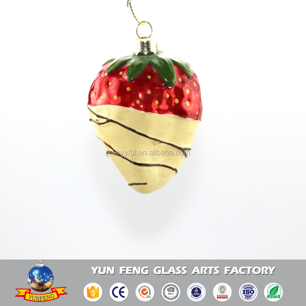 Glass crafts Christmas tree decorations strawberry hanging ornaments